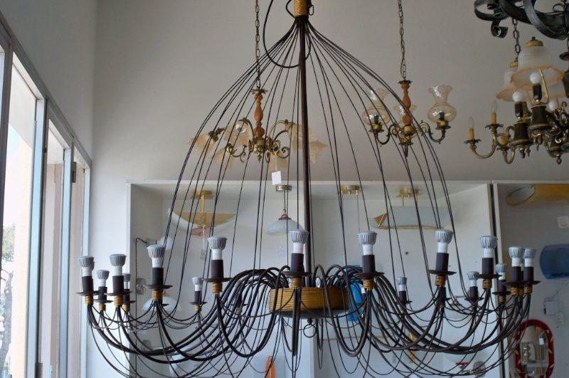 Plafoniere Ferro Battuto Vintage : Lampade in ferro battuto amazing lampada da terra luci con foglie